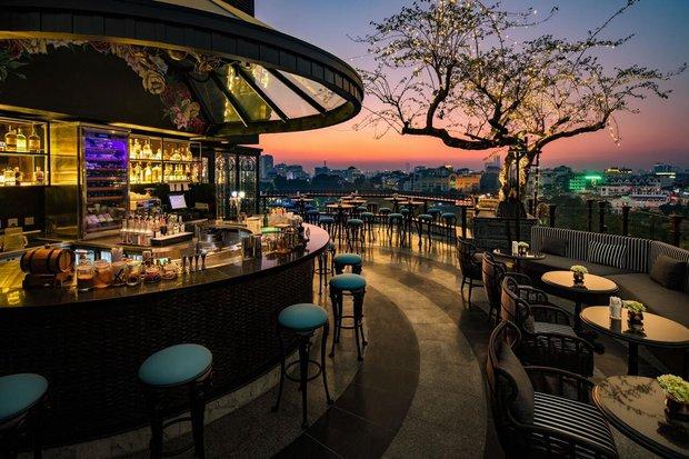 Góc tự hào: List 25 khách sạn sở hữu tầng thượng đẹp nhất thế giới có tới 4 đại diện đến từ Việt Nam, toàn nằm ở top đầu - Ảnh 4.
