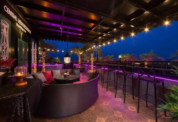 Góc tự hào: List 25 khách sạn sở hữu tầng thượng đẹp nhất thế giới có tới 4 đại diện đến từ Việt Nam, toàn nằm ở top đầu - Ảnh 8.