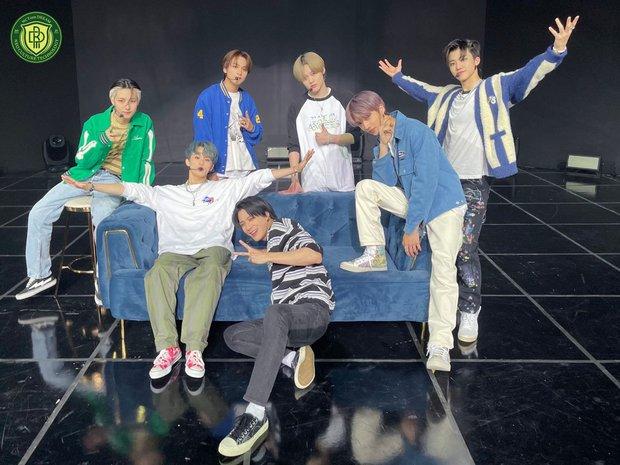 Boygroup SM đánh bại BLACKPINK, thiết lập kỷ lục mới khiến netizen phấn khích: SM trúng xổ số rồi! - Ảnh 7.