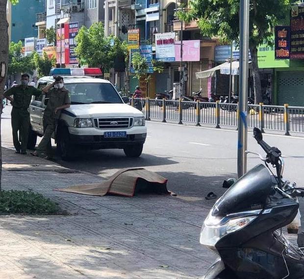 Bắt kẻ sát hại tài xế xe ôm công nghệ trước cổng Bệnh viện Nhi Đồng 1 - Ảnh 2.