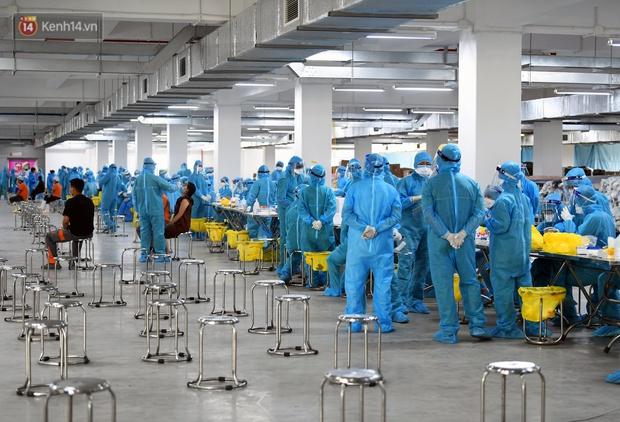 Ổ dịch mới hơn 200 ca nhiễm tại Bắc Giang: Các F0 tăng nhanh, 38% mẫu xét nghiệm có kết quả mắc Covid-19 - Ảnh 1.