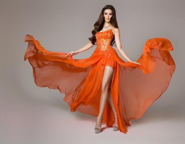 """Sự trùng hợp bất ngờ giữa đầm dạ hội của Khánh Vân ở Miss Universe Việt và Thế giới, """"điềm báo"""" đăng quang là đây? - Ảnh 5."""