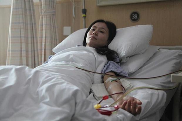 Em gái hứa hiến tủy nhưng đột nhiên biến mất ngay ngày phẫu thuật, chị may mắn vượt qua cửa tử mới phẫn nộ khi biết nguyên nhân  - Ảnh 1.