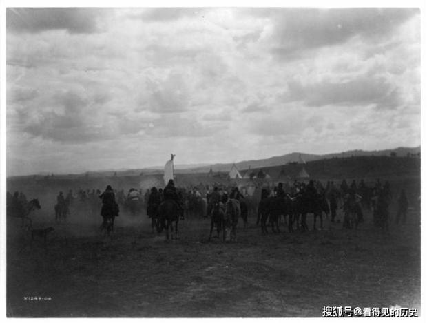 Những bức ảnh quý hiếm 100 năm trước về thổ dân da đỏ - chủ nhân thực sự của lục địa Bắc Mỹ - Ảnh 17.
