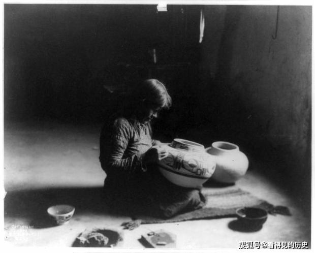 Những bức ảnh quý hiếm 100 năm trước về thổ dân da đỏ - chủ nhân thực sự của lục địa Bắc Mỹ - Ảnh 19.