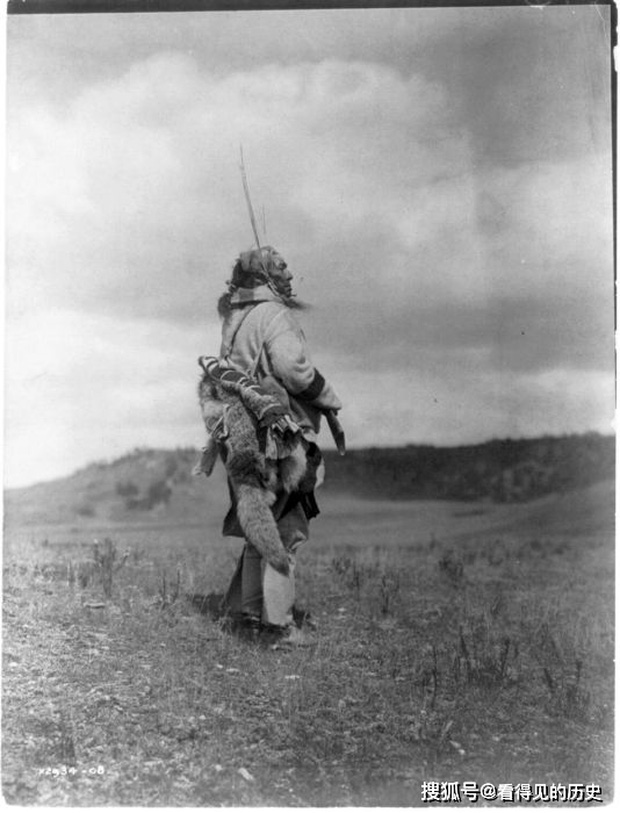 Những bức ảnh quý hiếm 100 năm trước về thổ dân da đỏ - chủ nhân thực sự của lục địa Bắc Mỹ - Ảnh 20.