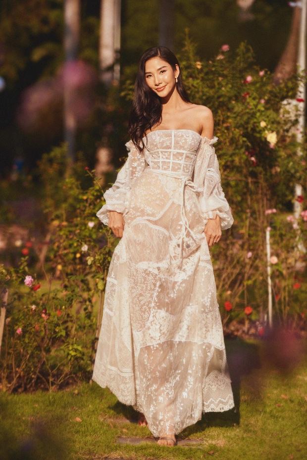 Đụng mẫu váy nàng thơ, Mai Phương Thúy chặt Hoàng Thùy nhờ cả vòng 1 lẫn kiểu tóc - Ảnh 4.