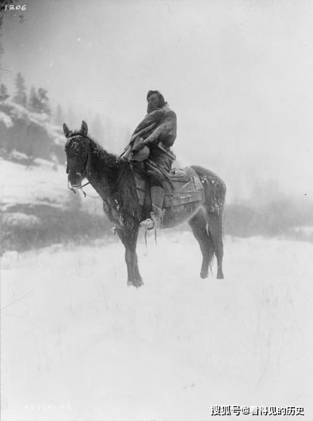 Những bức ảnh quý hiếm 100 năm trước về thổ dân da đỏ - chủ nhân thực sự của lục địa Bắc Mỹ - Ảnh 6.