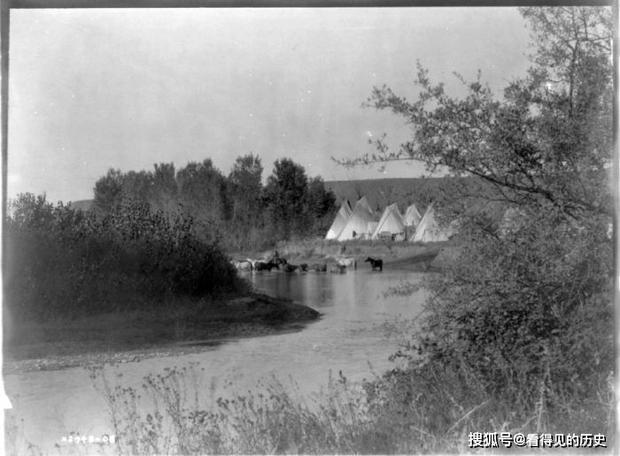Những bức ảnh quý hiếm 100 năm trước về thổ dân da đỏ - chủ nhân thực sự của lục địa Bắc Mỹ - Ảnh 9.