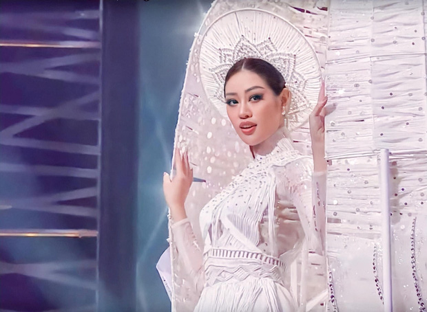 Khánh Vân thông minh thật, ngay từ cách makeup đã thể hiện rất rõ - Ảnh 1.