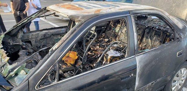 Xe ô tô bất ngờ biến thành ngọn đuốc bốc cháy dữ dội trong tích tắc, nguyên nhân chỉ từ lọ nước rửa tay khô quen thuộc trong mùa dịch - Ảnh 3.