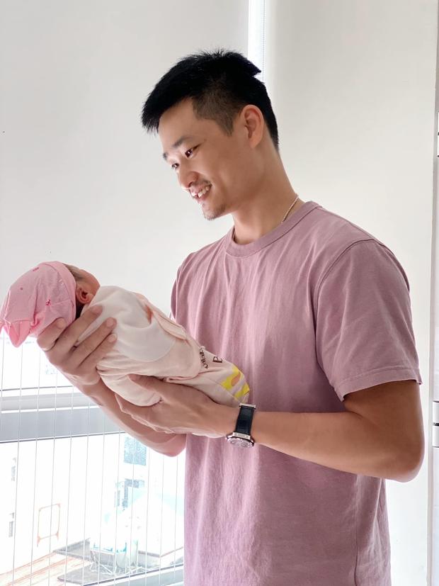 Bảo Thanh lần đầu khoe nhan sắc mẹ bỉm sau 4 ngày sinh nở, hé lộ luôn thông tin đặc biệt của ái nữa - Ảnh 5.