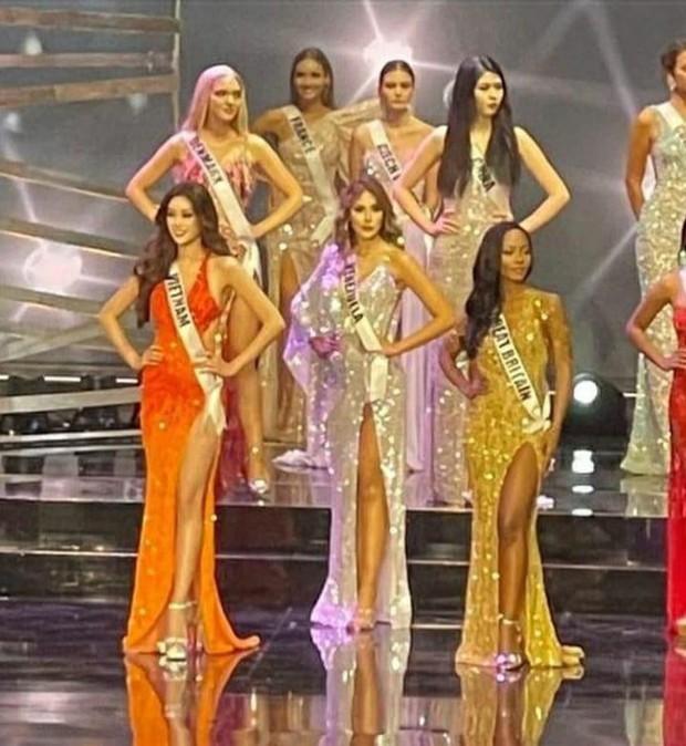 1 tiếng trước Chung kết Miss Universe, lộ diện trang phục dạ hội mới của Khánh Vân, nhưng sao lại gây tranh cãi thế này? - Ảnh 3.