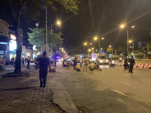 Thanh niên cướp giật gây tai nạn khiến 1 người chết, 3 người bị thương ở Sài Gòn từng mang 2 tiền án - Ảnh 2.