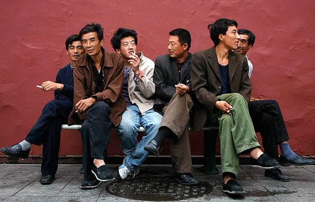 30 triệu đàn ông Trung Quốc có thể sẽ không lấy được vợ vì thế hệ trước ham đẻ con trai - Ảnh 3.