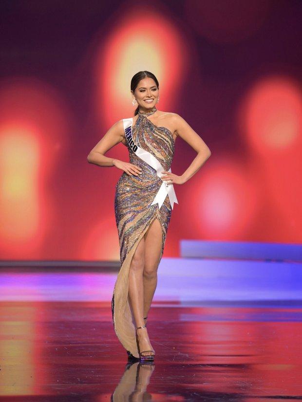 Tân Miss Universe 2020: Nàng kỹ sư máy tính với nhan sắc và body nức nở, quá khứ mất tích khó hiểu bất ngờ bị đào lại - Ảnh 14.