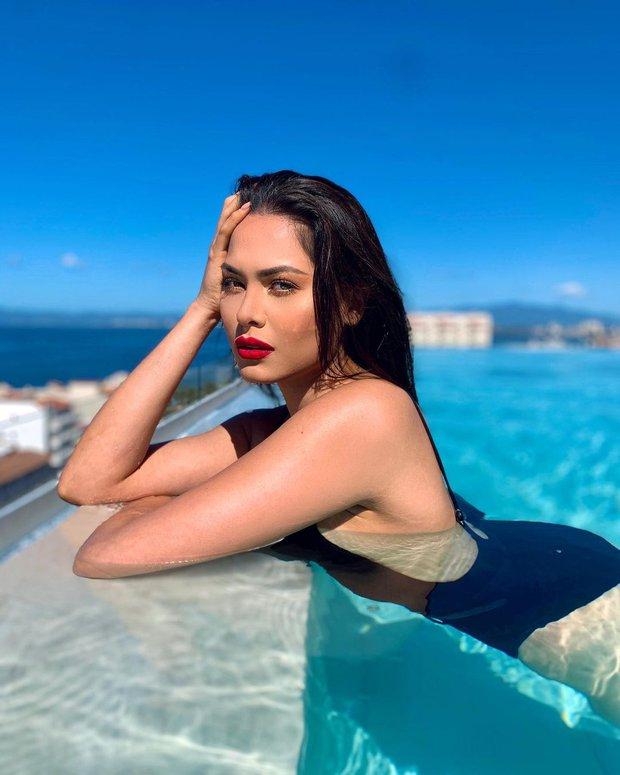 Tân Miss Universe 2020: Nàng kỹ sư máy tính với nhan sắc và body nức nở, quá khứ mất tích khó hiểu bất ngờ bị đào lại - Ảnh 4.