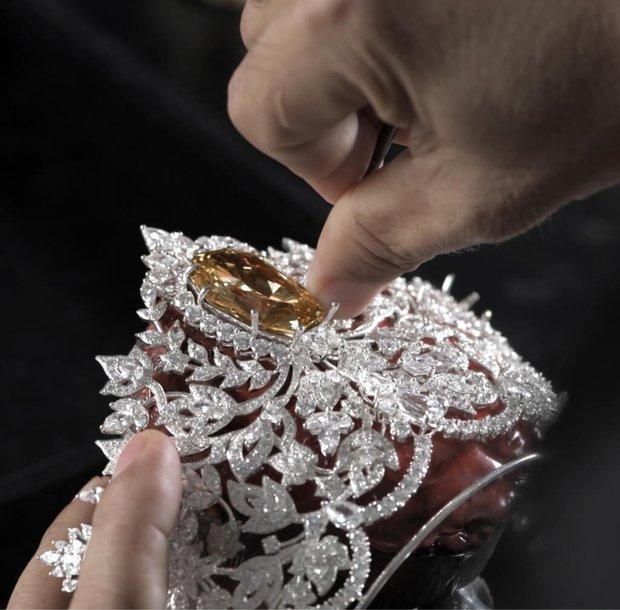 Lộ diện vương miện 115 tỷ đắt nhất thế giới của Miss Universe 2020: Khánh Vân hay ai sẽ là người có được vinh hạnh này? - Ảnh 9.