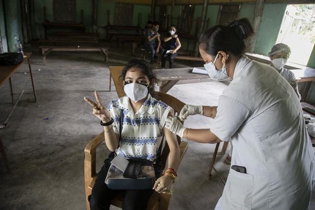 Hơn 163,6 triệu người mắc COVID-19 trên thế giới, nhiều nước Đông Nam Á có số ca nhiễm mới giảm - Ảnh 1.
