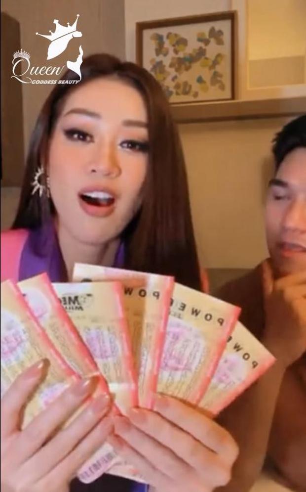 Khánh Vân ơi, rớt top 10 cũng đừng buồn, trước khi về nhớ mua vé số nha! - Ảnh 2.
