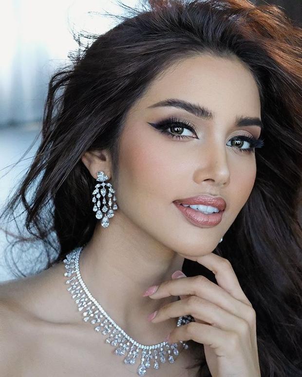 Không vào nổi top 5 Miss Universe, Hoa hậu Thái Lan vẫn cực hot trên Instagram, thậm chí còn dí sát nút đương kim Hoa hậu người Mexico - Ảnh 7.