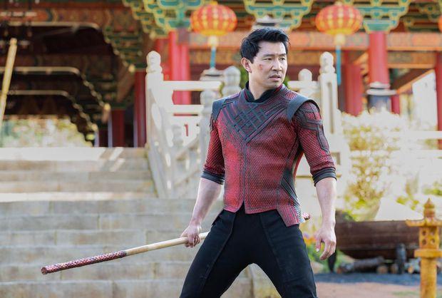 Shang-Chi của Marvel bị khán giả Trung chê bai vì không đẹp chuẩn nam thần, netizen Việt tức tối: Muốn kẻ chân mày rồi đánh võ hay gì? - Ảnh 2.