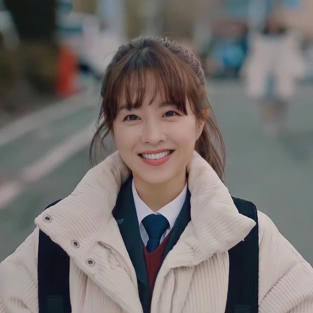 Hàn Park Bo Young - Trung Đàm Tùng Vận, hai chị đẹp này tính trẻ vĩnh viễn trên màn ảnh hay sao? - Ảnh 8.