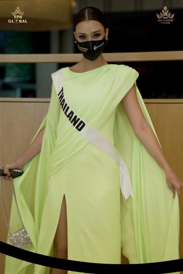 1001 drama như cung đấu ở Miss Universe 2020: Miss Thái mưu mô, Khánh Vân nằm không dính đạn, Hoa hậu dính phốt sau 2 tiếng đăng quang - Ảnh 23.