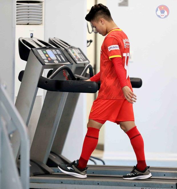 HLV Park dặn kỹ tuyển Việt Nam không vào bóng nguy hiểm gây chấn thương cho đồng đội khi tập luyện - Ảnh 2.