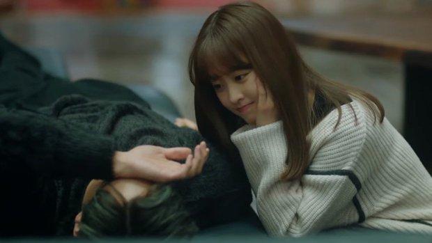 Park Bo Young mới tập 3 đã có cảnh giường chiếu với trai đẹp hủy diệt, anh chị đừng vậy fan thích lắm! - Ảnh 2.