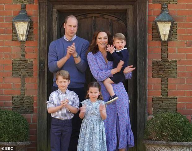 Vợ chồng Công nương Kate có động thái mới, có thể khiến Harry phải hổ thẹn sau cuộc phỏng vấn tai tiếng - Ảnh 3.