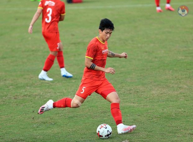 HLV Park dặn kỹ tuyển Việt Nam không vào bóng nguy hiểm gây chấn thương cho đồng đội khi tập luyện - Ảnh 5.