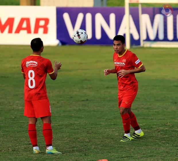 HLV Park dặn kỹ tuyển Việt Nam không vào bóng nguy hiểm gây chấn thương cho đồng đội khi tập luyện - Ảnh 6.