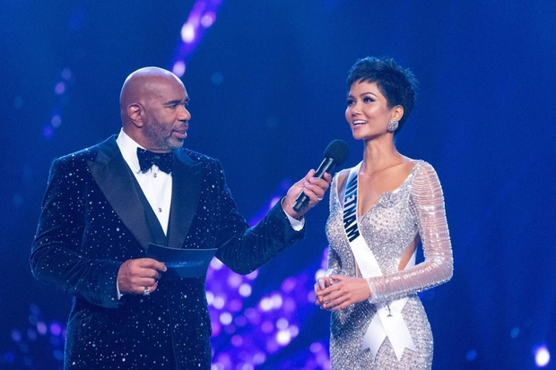Khánh Vân lọt top 21 Miss Universe, Phạm Hương trở thành Hoa hậu Hoàn vũ VN duy nhất chưa làm được điều này! - Ảnh 3.