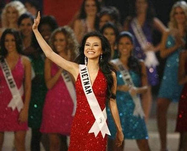 Khánh Vân lọt top 21 Miss Universe, Phạm Hương trở thành Hoa hậu Hoàn vũ VN duy nhất chưa làm được điều này! - Ảnh 2.