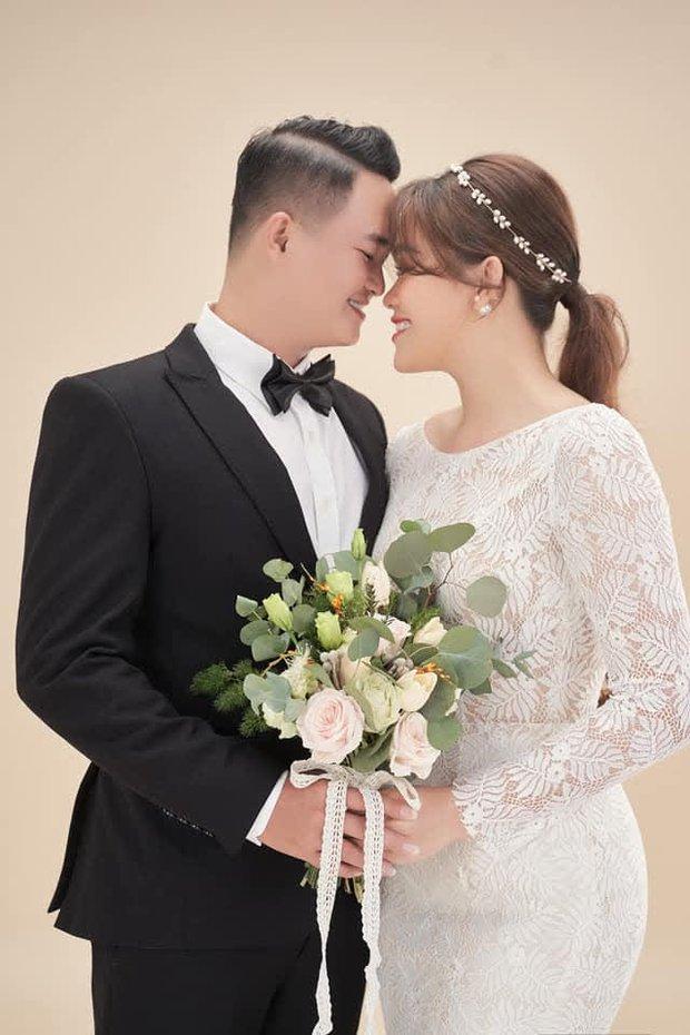 2 năm sau Thách Thức Danh Hài, Thánh sún Ngân Thảo giờ đã nhận chức giám đốc và thành vợ người ta - Ảnh 5.