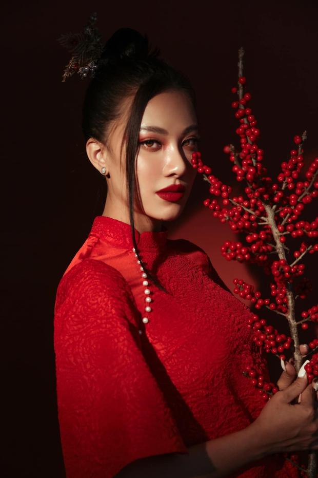 Khánh Vân chưa về nước, Kim Duyên đã tung bộ ảnh nóng hừng hực bắt đầu đường đua đến Miss Universe 2021 - Ảnh 9.