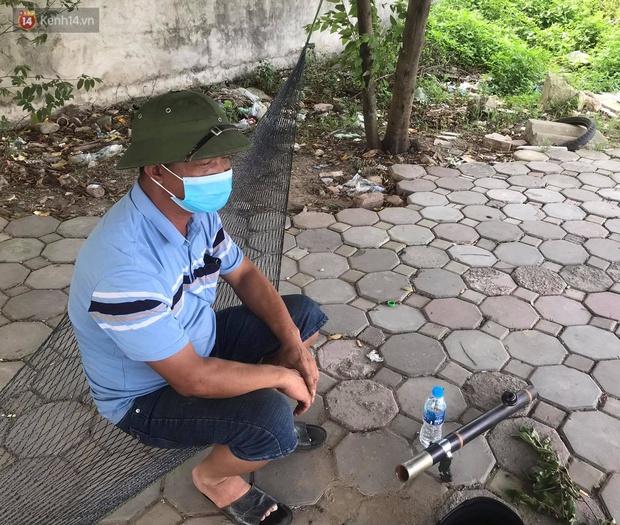 Kẻ trốn nã đâm tài xế taxi giữa phố Hà Nội từng giết chết con trai của chủ tiệm cầm đồ ở Thanh Hóa - Ảnh 3.