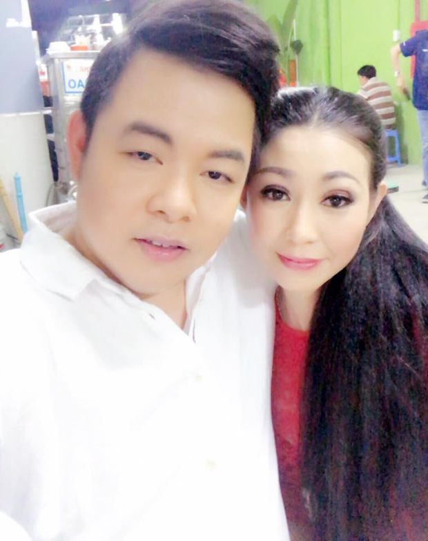 NÓNG: Nữ ca sĩ tự nhận là vợ chưa từng công khai của Hoài Linh kèm bằng chứng, lên tiếng để bảo vệ nam NS trước bà Phương Hằng? - Ảnh 10.