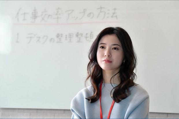 Phim Trung vô danh bị mắng chửi thậm tệ vì cổ xúy tăng ca không lương, Gen Z nghe mà tức á! - Ảnh 2.
