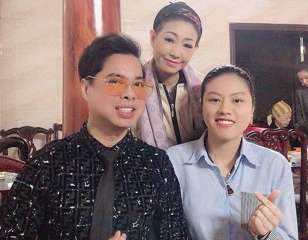 NÓNG: Nữ ca sĩ tự nhận là vợ chưa từng công khai của Hoài Linh kèm bằng chứng, lên tiếng để bảo vệ nam NS trước bà Phương Hằng? - Ảnh 11.