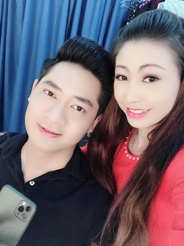 NÓNG: Nữ ca sĩ tự nhận là vợ chưa từng công khai của Hoài Linh kèm bằng chứng, lên tiếng để bảo vệ nam NS trước bà Phương Hằng? - Ảnh 12.