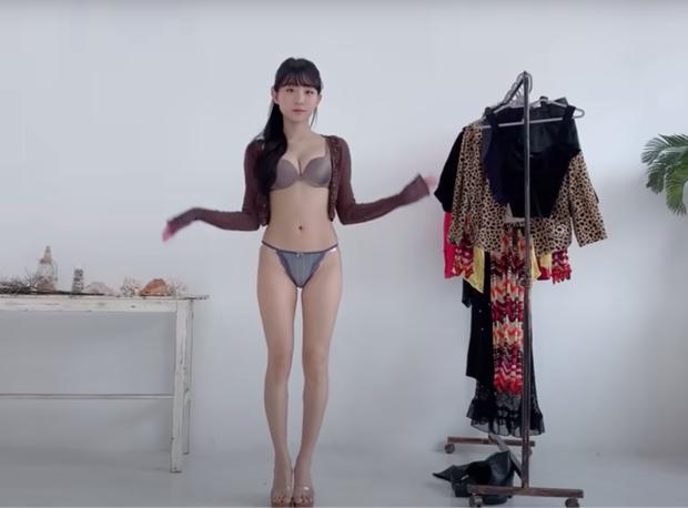 Loạt kênh YouTube hot girl triệu views: uốn éo khoe thân nhưng núp bóng video tư vấn outfit - Ảnh 6.