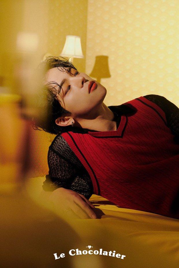 Mỹ nam nhà JYP một thời mặt dày tung ảnh sau phốt quấy rối tình dục, ai dè dân tình bị hớp hồn bởi visual lột xác quá đỉnh - Ảnh 10.