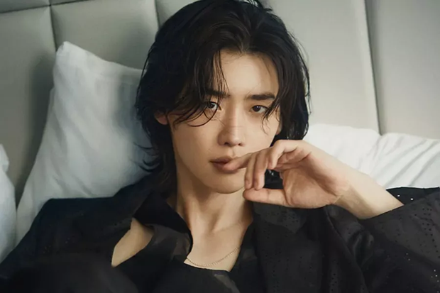 Lộ mức cát-xê cao ngã ngửa của nam thần phim Hàn: Kim Soo Hyun gần gấp 10 lần Song Joong Ki - Ảnh 6.