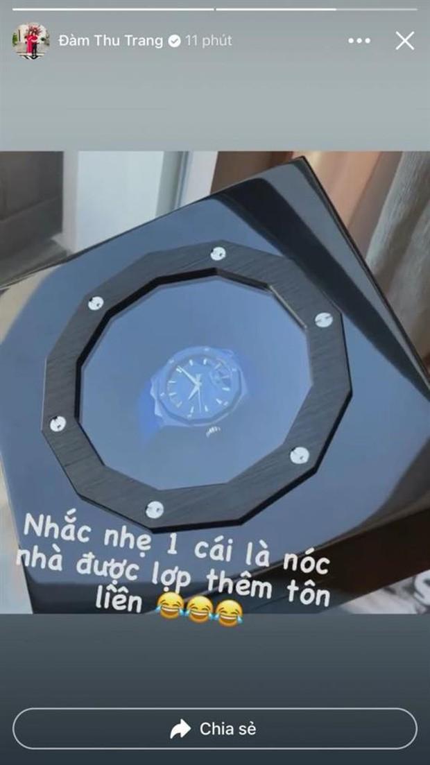 Cường Đô La tiếp tục tặng đồng hồ hiệu cho nóc nhà, giá bao nhiêu mà khiến netizen nghe xong xỉu dọc xỉu ngang? - Ảnh 3.