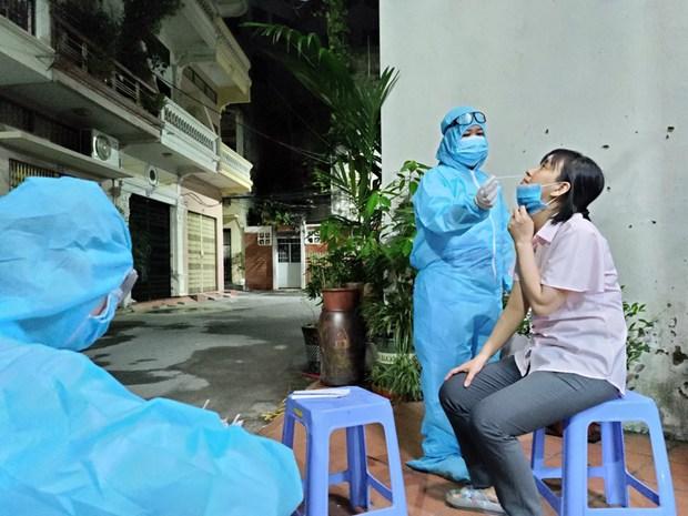 Hải Phòng triệu tập, lấy mẫu xét nghiệm tất cả giáo viên, học sinh liên quan cô giáo dương tính SARS-CoV-2 - Ảnh 3.