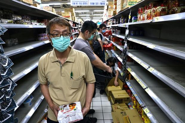 Đài Loan (Trung Quốc) tăng kỷ lục số ca mắc mới COVID-19 - Ảnh 1.
