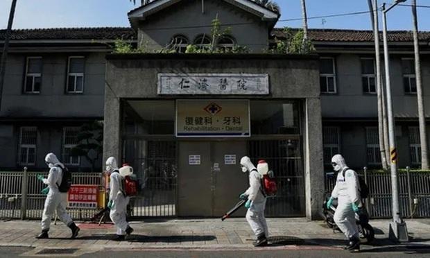 Đài Loan (Trung Quốc) tăng kỷ lục số ca mắc mới COVID-19 - Ảnh 2.