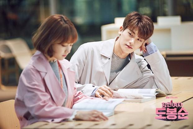 Dàn sao Do Bong Soon sau 5 năm: Park Bo Young ngày càng thăng hạng, Ji Soo lộ quá khứ đầy nhơ nhớp - Ảnh 10.